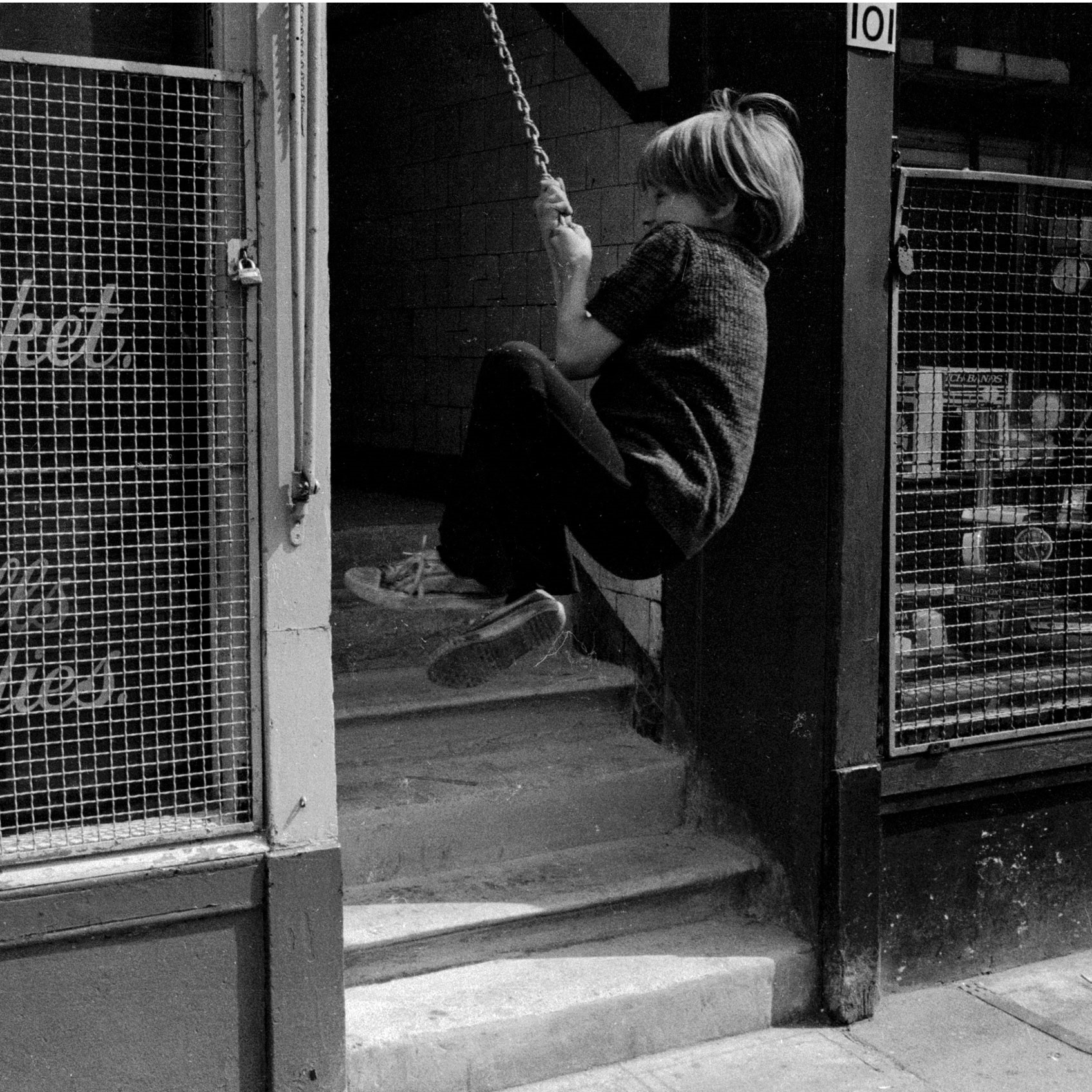 Image of Untitled, from 'Glasgow 1974' (Child on a Swing, Saltmarket) by Hugh Hood